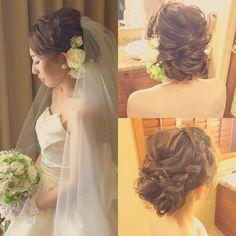 Today's bride 編み込みカチューシャシニヨン. 生花も前めにつけたのでネックレス無しのシンプルと相性バッチリです♡ #kumikoprecious #hawaii #hawaiiwedding #wedding #weddinghair #bride #bridehair #hair #hairmake #hairstyle #hairarrange #updo #ハワイ #ハワイ挙式 #ハワイウェディング #ヴェール #ウェディング #結婚式 #花嫁 #プレ花嫁 #おしゃれ花嫁 #ゆるふわ #シニヨン #コテ巻き #編み込み #カチューシャ #ベストブライダル