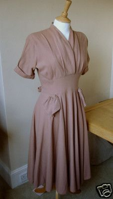 2bba70c0b2 eBay item  VINTAGE CC41 UTILITY WOOL DRESS