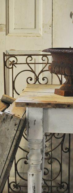 die Brocanterie-Möbel mit Vergangenheit
