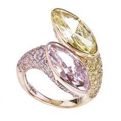 William Goldberg- Pink and Yellow Diamond Moi Et Toi Ring
