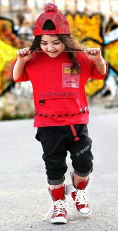 Cute Baby Girl Photos, Cute Little Baby Girl, Cute Kids Pics, Baby Boy Pictures, Cute Girls, Sweet Girls, Baby Girls, World's Cutest Baby, Cute Baby Costumes