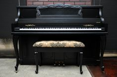 Distressed Ebony Satin Baldwin Console. Look at that bench, what a beauty! #piano #paintedpiano #pianorevivalproject