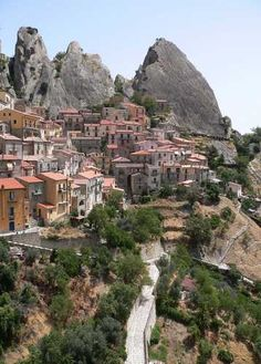 Pietrapertosa is a village situated in Basilica in the heart of the Dolomiti Lucane Park #Italy