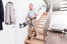 Assistep is a hand railing system that locks in place with each step to reduce t. - Home Technology Ideas Outdoor Stair Railing, Stair Railing Design, Hand Railing, Stair Machine Workout, Stair Rise And Run, Handicap Accessible Home, Stairs Stringer, Stair Lift, Stair Climbing
