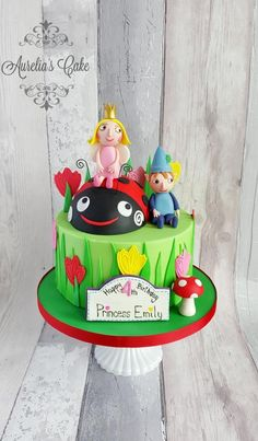 Ben and Holly cake. by Aurelia's Cake Ben And Holly Party Ideas, Ben And Holly Cake, Ben E Holly, Girls 3rd Birthday, 3rd Birthday Cakes, Fairy Birthday, Return Gifts For Kids, Halloween Cakes, Novelty Cakes