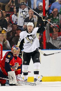 Brenden Morrow #10 of the Pittsburgh Penguins celebrates his goal against Goaltender Jacob Markstrom #35 of the Florida Panthers at the BB Center on April 13, 2013 in Sunrise, Florida.