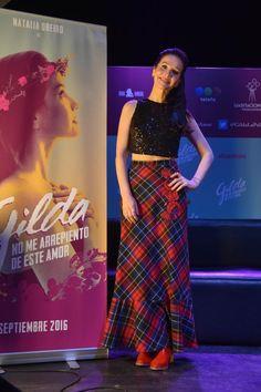 Look de Natalia Oreiro en la presentación de la película de Gilda | Fashion TV