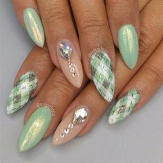 Mood+changing%2c+Argyle+nails+by+MisAshton+-+Nail+Art+Gallery+nailartgallery.nailsmag.com+by+Nails+Magazine+www.nailsmag.com+%23nailart