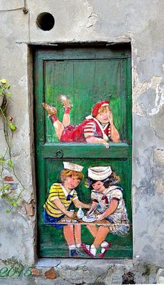 unusual and creative painted doors, Italy