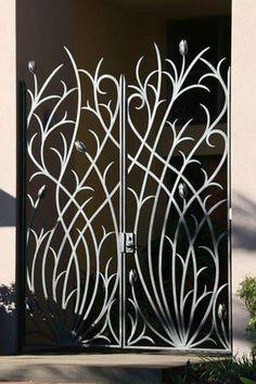 New Metal Door Design Wrought Iron Garden Gates Ideas Metal Gates, Wrought Iron Gates, Metal Fence, Wrought Iron Trellis, Trellis Gate, Stone Fence, Brick Fence, Aluminum Fence, Wire Fence