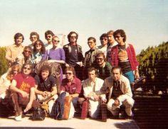Camilo Sesto con su equipo completo, coros, músicos, etc.