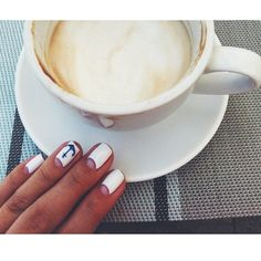 GM #nail #nailroom #nailroom_kh #харьков #петровского34 #nails #nailart #nailpolish #гельлак #маникюр #лето #море #coffee ☕