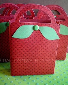DIY Strawberry Shortcake gift bags!  Need to change a little for Liv's watermelon theme party