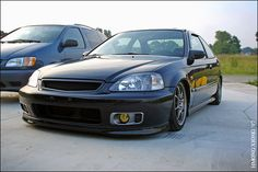 Honda Civic Coupe 17 VTEC Auto