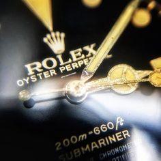 Gloss. Shine. Gilt. Details of a Rolex Submariner ref 5512 underline, closed chapter ring from 1963. On alexciani.com #rolex #rolexwatch #rolexwrist #5512 #gilt #giltdial #submariner #watch #watches #watchporn #watchcollecting #watchcollection #wrist #wristwatch #wristshot #wristwatches #wristporn #vintage #vintagestyle #vintagelife #vintagewatch #vintagewatches #vintagewatchesstyle #luxury #luxuryvintage #watchesofinstagram #whatches #vrf #watchesofinstagram #vintagerolexforum #macromonday
