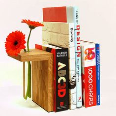 Vase Bookends: I love this!