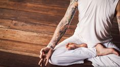 Tattooed Man Meditating in the Lotus Pose (Padmasana) by Goldmund Lukic - Stocksy United Meditation Methods, Meditation Retreat, Meditation Practices, Mindfulness Meditation, Guided Meditation, Yoga Sequences, Yoga Poses, Altered State Of Consciousness, Lotus Pose