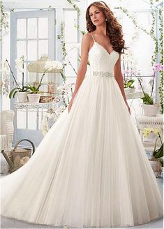 Chic Tulle Spaghetti Straps Neckline A-line Wedding Dresses with Lace Appliques