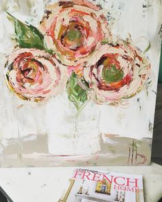 Lots and lots of inspiration in this magazine #laurelbrowningart #paletteknifepainting #floralpainting #frenchcountry #inspiremeinterior #artshows #montesanoartfestival