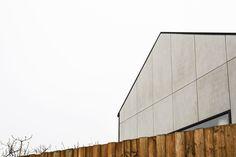 Gallery of Monolith House / Rara Architecture - 23