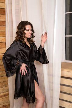 17c7386d7c Black satin robe Bridesmaid robe Kimono robe Black lace robe Kimono  dressing gown Robes for women La