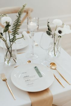 Modern Minimalist Wedding Inspiration in Terrell, TX: Stunning Simplicity at The French Soirée - an Aisle Planner Wedding Styled Shoot. Cute Wedding Ideas, Wedding Goals, Fall Wedding, Diy Wedding, Rustic Wedding, Wedding Planning, Wedding Quotes, Event Planning, Wedding Centerpieces