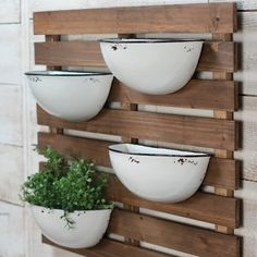 Sprout the indoor herb garden of your dreams with the 4 enamel pot wall planter by Foreside Home & Garden. You'll enjoy that just-picked flavor of basil, cilantro, chives and oregano year-round, while enjoying the beauty of this farmhouse style centerpiec Farmhouse Landscaping, Backyard Landscaping, Luxury Landscaping, Landscaping Ideas, Modern Backyard, Landscaping Company, Backyard Patio, Culture D'herbes, Metal Wall Planters