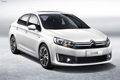 На автомобильной выставке, которая будет проходить в китайском городе Ченду с 4 по 13 сентября, совместное предприятие Dongfeng Citroen презентует седан Citroen C4, созданный для рынка Поднебесной. Это уже вторая новинка совместного предприятия, представленная в течении последних 10 месяцев на китайском рынке, после кроссовера C3-XR SUV. Автомобиль придет на смену другому местному седану С-класса Citroen C-Quatre, который по итогам минувшего года занимал порядка 30% всех продаж СП.
