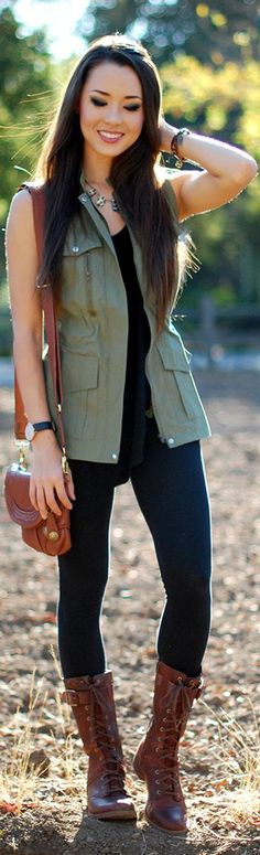 15 Casual & Stylish Olive Green Vest Outfit Ideas for Women Fall Winter Outfits, Autumn Winter Fashion, Spring Outfits, Spring Clothes, Summer Clothing, Western Outfits, Olive Green Vest Outfit, Olive Vest, Green Jacket