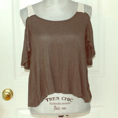 Olive Green Full Tilt Top Cold-shoulder style! olive green with crocheted straps. Cute, stretchy, soft, and comfy. No flaws. Offers welcome! Full Tilt Tops Tees - Short Sleeve