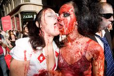 Google Image Result for http://www.pajiba.com/assets_c/2011/10/sexy-zombie-kiss-thumb-500x333-32284.jpg