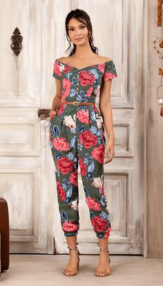 Hostel Felicidad (Page Printed Jumpsuit, African Print Fashion, Young Fashion, Mode Inspiration, Fashion Outfits, Womens Fashion, Jumpsuits For Women, Spring Outfits, Ideias Fashion
