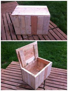 I made pallet boxes for keeping all kind of stuff inside. Idea sent by Ivan Dvoraček !