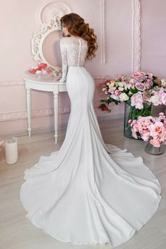 Pretty Wedding Gown Collections For Your Own Inspirations Right Now! Go To Our Website To Find Our Fantastic Wedding Dresses Gallery.
