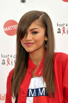 The Beauty Evolution of Zendaya, from Good Girl to Trendsetter