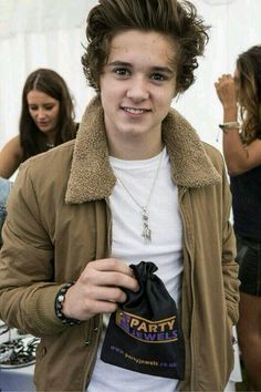 Bradley Simpson // The Vamps Just another cutie <3