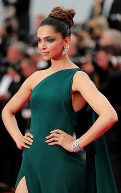 d8f3db101 Deepika Padukone - Festival de Cannes 2017: brinco; tendências de joias  2017; jewelry