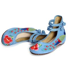 Hot-sale Floral Embroidery National Wind Chinese Knot Lace Up Wedge Heel Shoes - NewChic