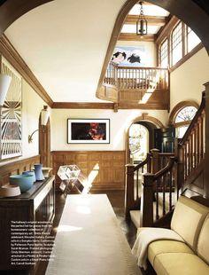 The latest issue of Veranda features a beautifully designed shingle style house on Long Island. Foyer Decorating, Interior Decorating, Interior Design, French Sideboard, Veranda Magazine, Custom Sofa, Entry Foyer, White Walls, Architecture Details