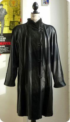 7c121e4d02e5 VINTAGE Damen Echt Leder Jacke M L Jacket Eggshape Coat Leather Parka Suede  Cape in Kleidung   Accessoires, Damenmode, Jacken   Mäntel   eBay