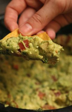 Unfortunately the Las Vegas Dos Caminos in the Venetian closed, but you lucky folks in NYC, Atlantic City and Fort Lauderdale can still get the best guacamole in the world made tableside.