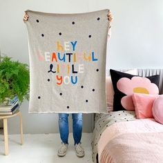Castleandthings brings you CASTLE quilt covers, sheets and pillowcases handprinted and made in Australia. And some lovely throws and cushions from India. Plus CASTLE lovingly handstitched one-off artwork piece on vintage French linen.