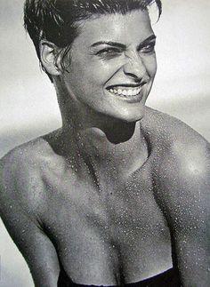 Beauty Flashback: This Week's Retro Icon Is Linda Evangelista | Grazia Beauty