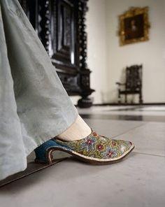 vintage footwear