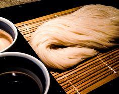 Inaniwa Udon at Sato Yosuke http://garapadish.com/2014/04/23/inaniwaudon-two-dipping-sauce/  #food #udon #yummy #galapadish #noodle #Japanesefood #Japan #tokyo #wasyoku #foodphoto