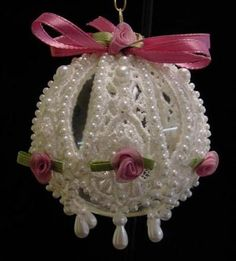 How to Make Victorian Style Lace Christmas Ornaments#slide12223166