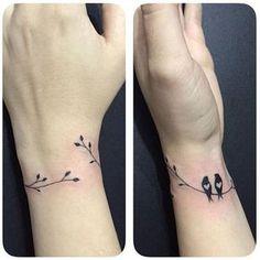 Delicate wrist tattoo by Jéssica Paixão, SÃO PAULO