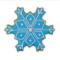 Be cool this Christmas with the 4 Christmas Snowflake Cookie Cutter. Use this and other Christmas shapes for your Christmas party guests to enjoy. Snowflake Christmas Cookies, Snowflake Cookie Cutter, Christmas Cookie Cutters, Christmas Sugar Cookies, All Things Christmas, Winter Christmas, Cookie Images, Sugar Cookie Frosting, Snowy Day