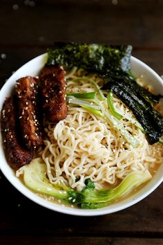 Sesame Ramen with Roasted Tempeh and Seaweed by divinehealthyfoods #Ramen #Tempeh