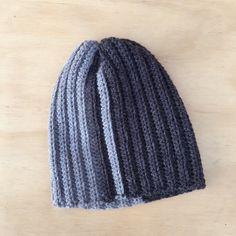 DIY – måske verdens nemmeste hue (www. Chrochet, Knit Crochet, Crochet Hats, So Creative, Ear Warmers, Headbands, Knitted Hats, Projects To Try, Knitting